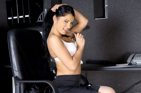 lady escort free adult video chat