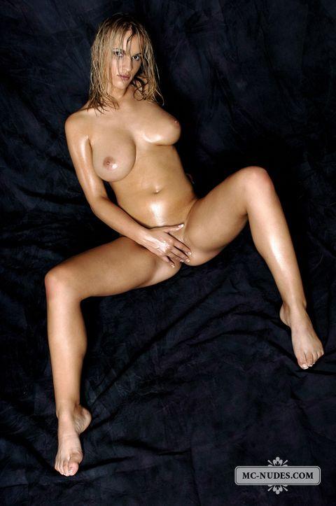 sexy Amanda peet nude whole nine yards love riding